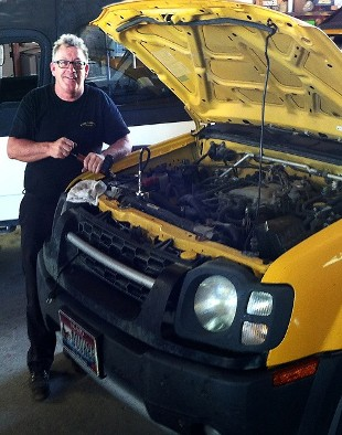 Automotive - Visit our auto repair shop in Marana, Arizona, for oil changes and brake repair.